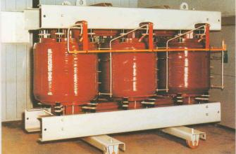 扬州市箱式变压器回收XB移动箱式变压器回收YD二手旧箱式变回收LS厂家直收