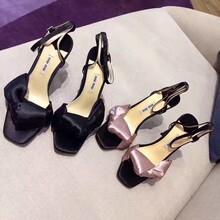 奢侈品精仿皮鞋一手货源图片