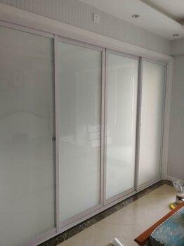 西安玻璃門下沉維修更換玻璃