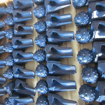 311mm油用镶齿牙轮钻头133镶齿钻头