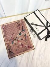 Gucci专柜新款梅花围巾工厂图片
