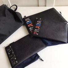 普拉达新款黑色字母手包工厂