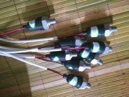 郑州宇通客车配件少林客车配件里程表传感器机油压力传感器中通客车配件