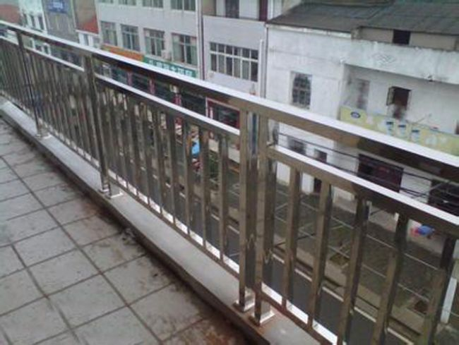阳台栏杆围栏报价 厂家