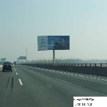 四川高速公路广告牌高立柱户外广告价格低位置好