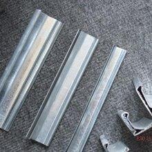 內蒙巴彥淖爾鍍鋅板共板風管卡條扣件法蘭角碼配件