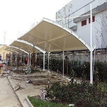 供应南安市雨篷车棚、园林景观小品张拉膜设计安装加工厂家直销