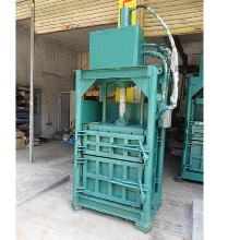 低价批发厂家特供应30吨布匹压缩打包机