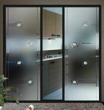 广州鑫海专业安装幕墙玻璃,钢结构幕墙玻璃安装,供应吊篮吸盘出租