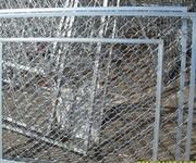 北京顺义区石园安装小区护栏家庭不锈钢防盗窗安装防盗网防盗门图片