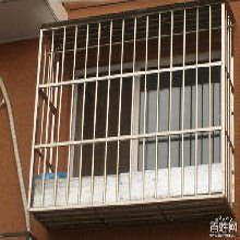 北京朝阳区望京安装防盗门家庭不锈钢防盗窗阳台防护栏护网