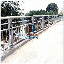 溧水桥梁护栏溧水河道护栏防撞护栏不锈钢碳钢复合管龙桥生产图片