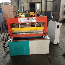 压瓦机设备外墙保温板生产厂家地鑫压瓦机图片