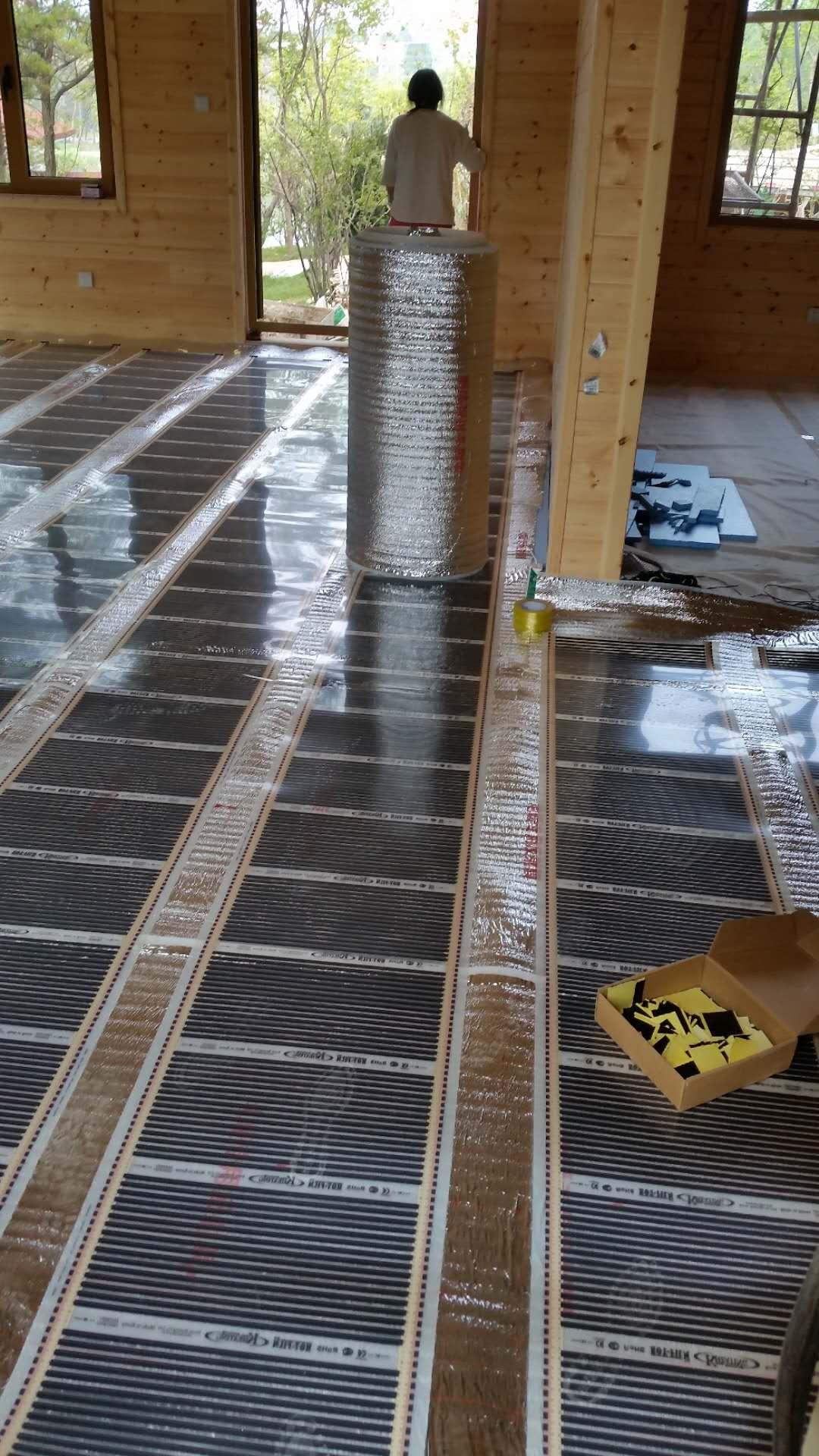 高效节能电热膜安装电热膜地暖耗电量怎样使用电热膜地暖才更节能