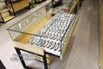 安溪眼镜柜台木纹展示柜眼镜中岛柜台立柜展示柜