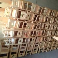 湖北幼儿园实木幼儿床批发幼儿园实木桌椅批发艺贝玩具图片