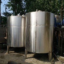 304材質化工儲罐-玻璃鋼儲存罐-聚乙烯儲罐圖片