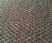 固滨笼、包塑镀锌石笼网、石笼网箱图片