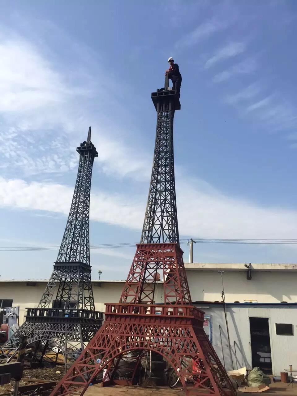 上海弘讯模型工厂低价制作埃菲尔铁塔模型迪士尼巡游