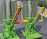 厂家直供四轮乘坐式水稻插秧机图片