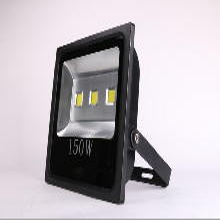 专业生产蓝球场校园操场100W200W150WLED投光灯大瓦数高亮度LED照明灯具