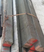 Q345D熱軋方鋼青島Q345D方鋼價格Q345D方鋼銷售圖片