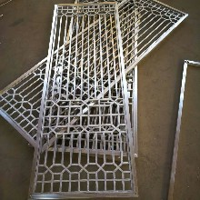 仿实木颜色铝窗花型材方管无缝焊接款式表面颜色可定做图片
