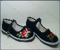 云南绣花鞋女士绣花布鞋批发昆明哪里有绣花女鞋