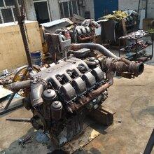 进口奔驰卡车配件OM502LA发动机增压器适用吊车图片
