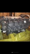 奔驰全新发动机OM502适用于吊车图片