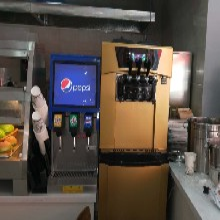 汉堡店冰淇淋机多少钱出摊用冰激凌机