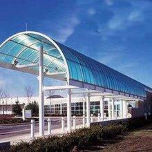 濱州pc陽光板湖藍色雨棚,濱州陽光板廠家直銷圖片