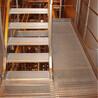 生产G3234060楼梯踏步板工业平台格栅板防滑齿形格子板