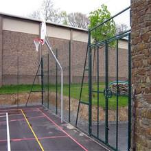 球场围网A南阳市球场围网批发A墨绿框架式球场围网图片