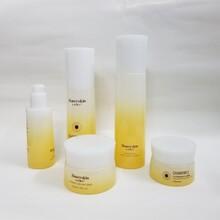 化妝品玻璃瓶生產廠家化妝品分裝瓶生產廠家玻璃瓶生產廠家圖片