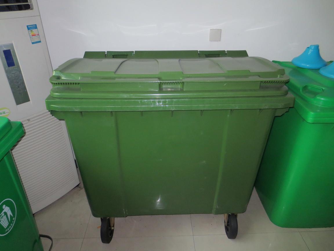 户外环卫垃圾桶