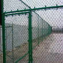 蚌埠运动场护栏网的选择及安装