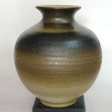 茶叶末釉描金小瓶