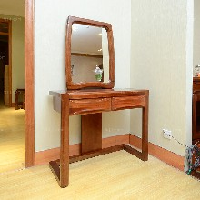 创意框架梳妆台_柳州家具促销_玉林家具排行图片