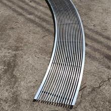 商場弧形鋁風口/檢修口/回風口鋁天花廠家圖片