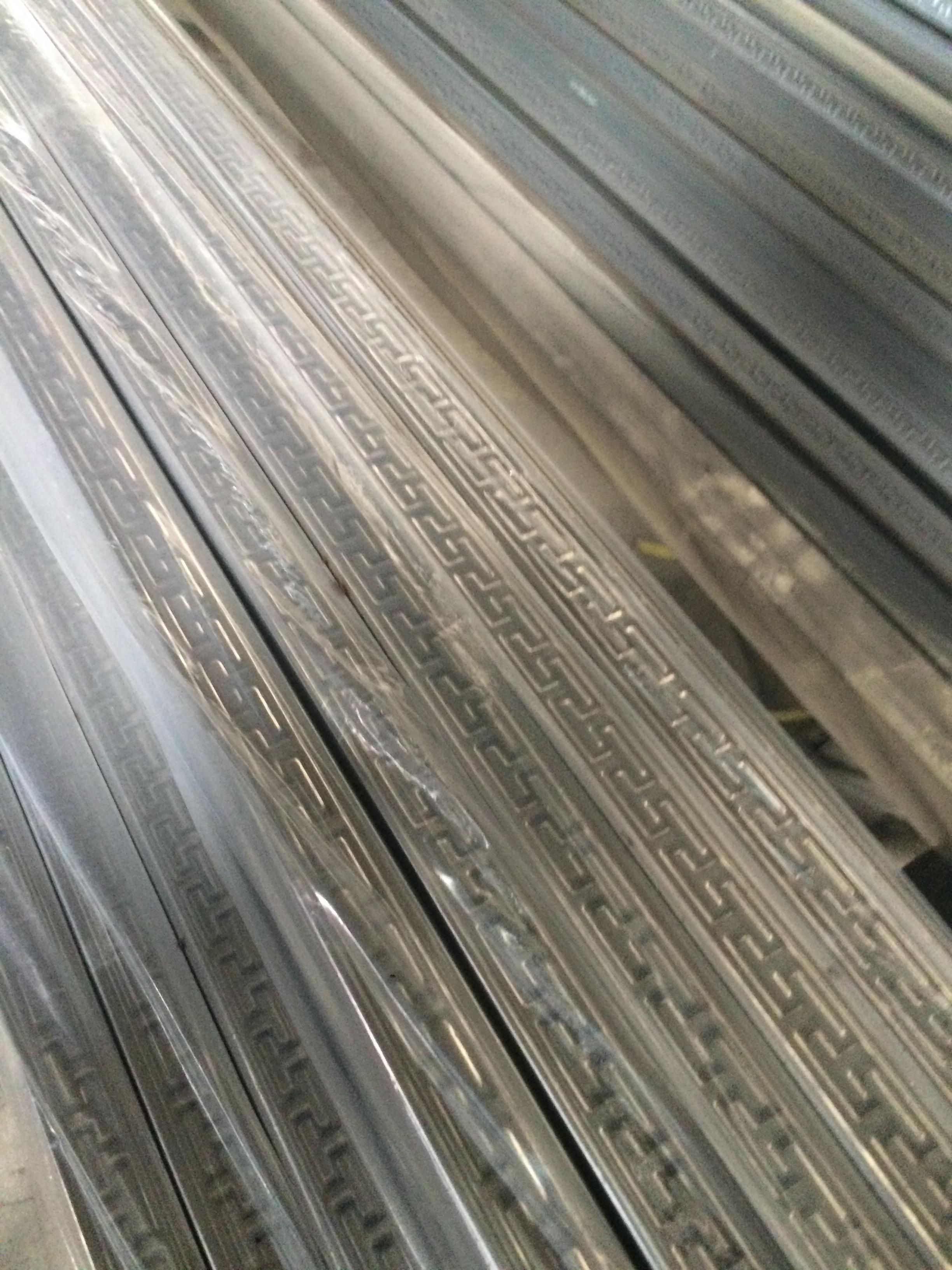 优质1530不锈钢花纹方管