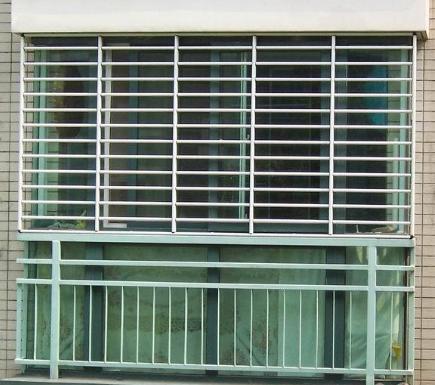 高层阳台防护栏效果图