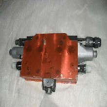 小松小松多路阀配件,pc200-8安全阀斗杆伸出图片