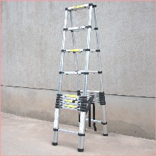 铝合金梯子生产厂家中梯五金现货供应升缩梯人字梯双面伸缩梯图片