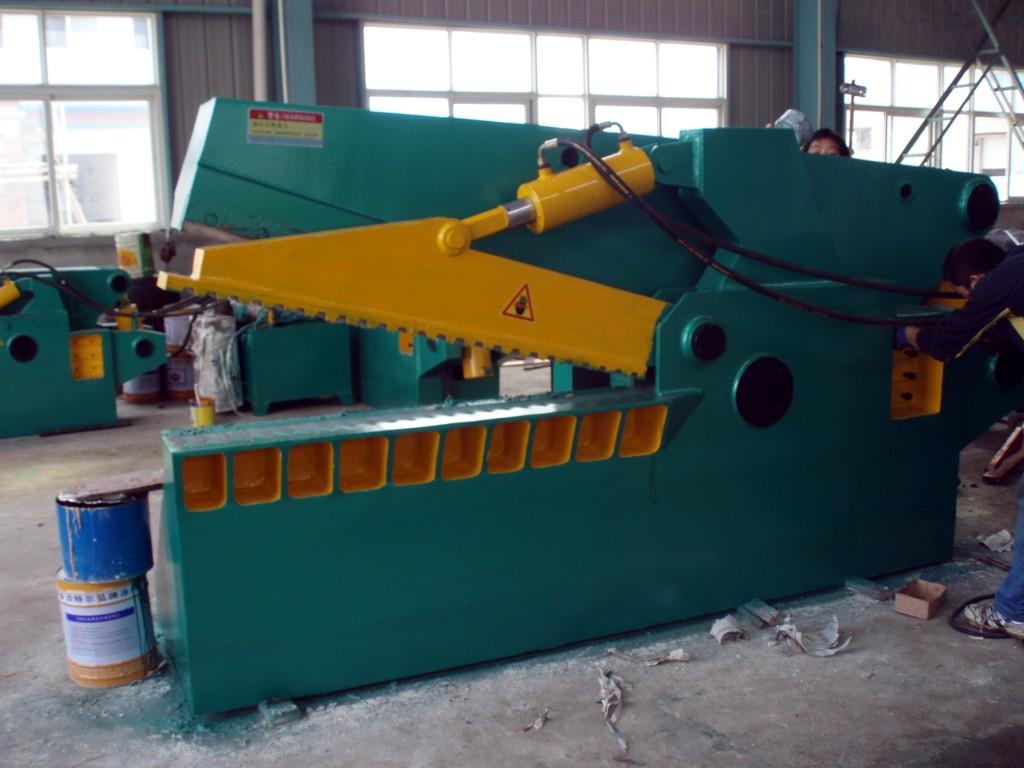 优惠供应Q43-250鳄鱼式金属剪切机