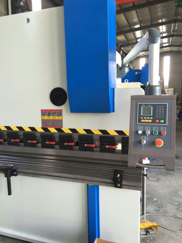 优惠供应数控板料折弯机WF67K-100T/3200