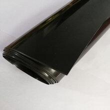 内蒙古油田钻井开采防渗隔离采用0.5mm防渗膜图片
