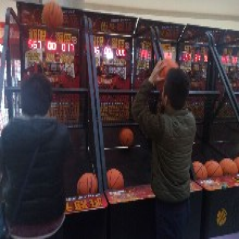 奥锐篮球疯狂投篮投币篮球厂家直销