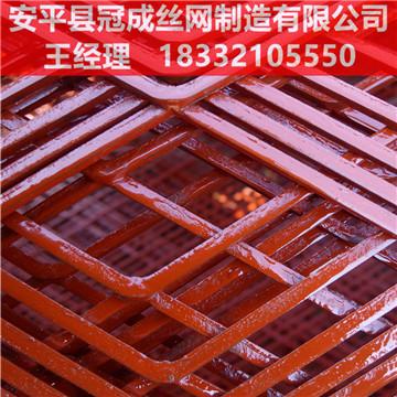 菱形钢板网表面处理/菱形孔钢板网报价/冠成