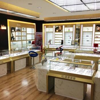 眼鏡展示柜至2019柏伊松已有13年設計生產安裝經驗